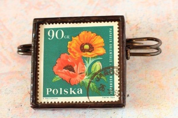 Dzikie Twory - broszka ze znaczkiem pocztowym kwiat mak wschodni