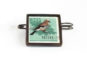 Dzikie Twory - broszka ze znaczkiem pocztowym sójka