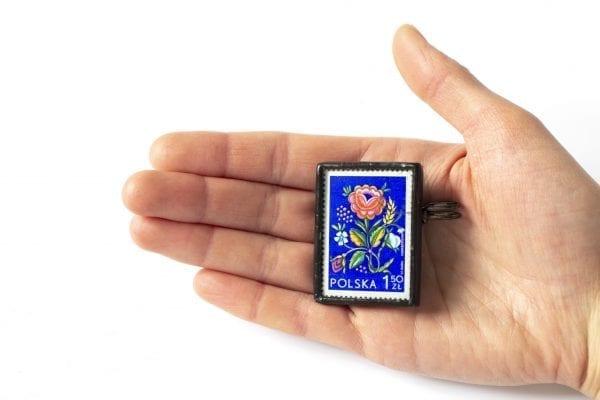 Dzikie Twory - wielkość broszki ze znaczkiem pocztowym ludowe