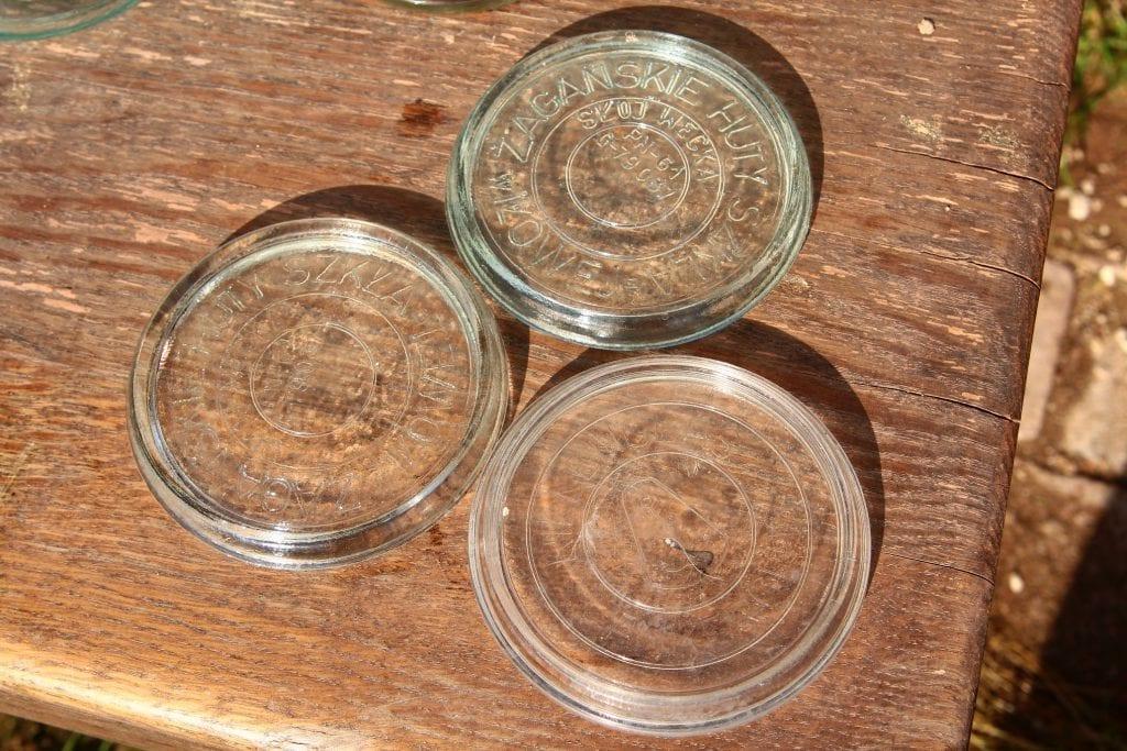 Dzikie Twory - szklane pokrywki ze starych słoików