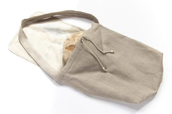 Dzikie Twory - torba z lnu na chleb z nadrukiem paw na gałęzi ciemny len z chlebem