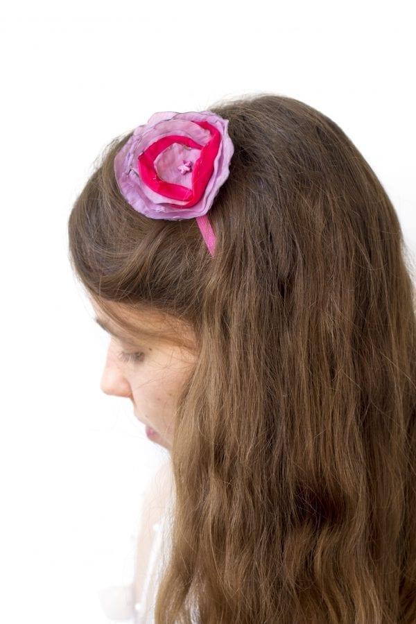 Dzikie Twory - opaska na włosy - z kwiatkiem4