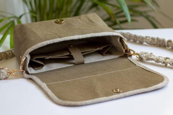 Dzikie Twory - wnętrze małej torebki z hipopotamem