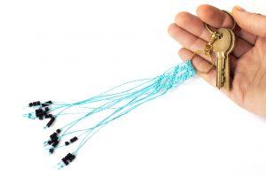 Dzikie Twory - makramowa zawieszka do kluczy lub torebki, kolor turkusowy